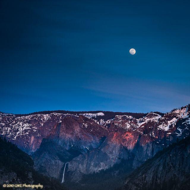 Sunset Moonrise Over Bridalveil Falls, Yosemite NP