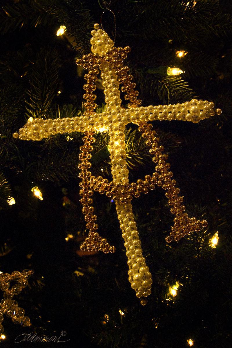 Chrismon Ornament, Joy to the World