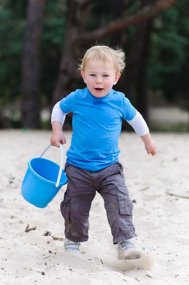 Kid,Nikon,D90,90mm,tamron,walking