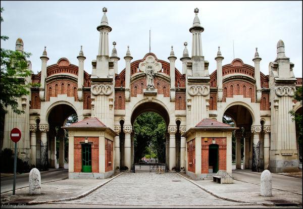 Almudena Cemetery