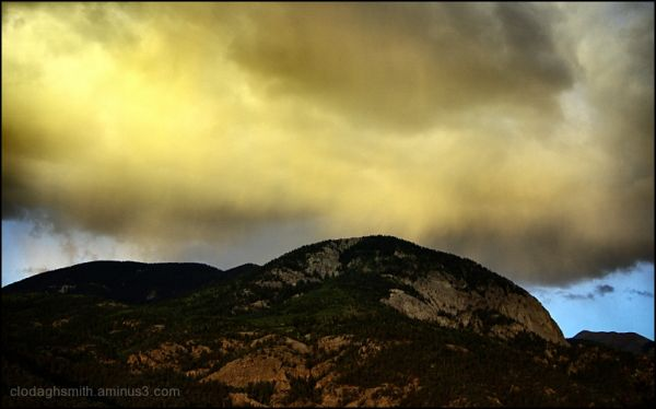 big cloud big mountain