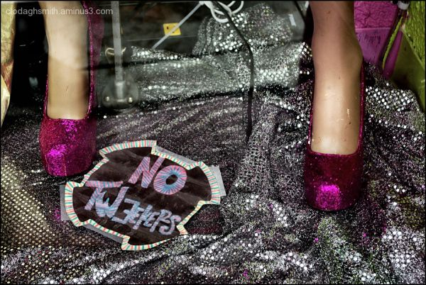 magenta shoes