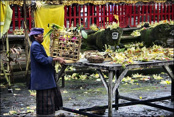 offerings at festival of the new moon bali