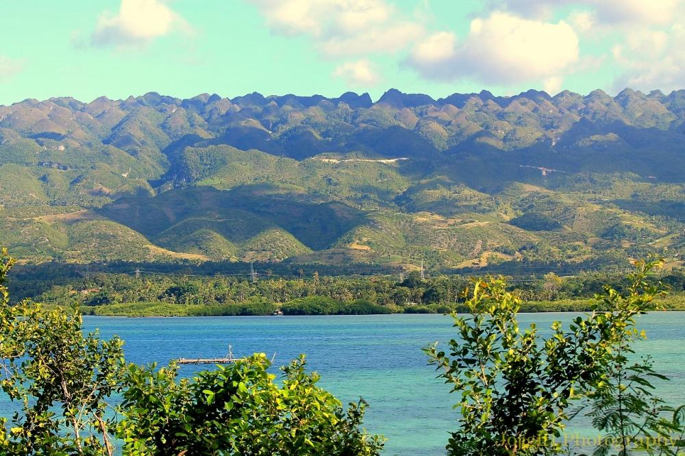 Badian Bay