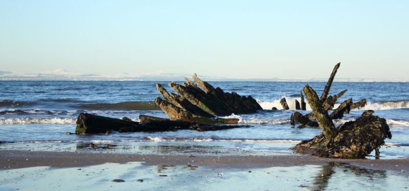 Shipwreck at Longniddry