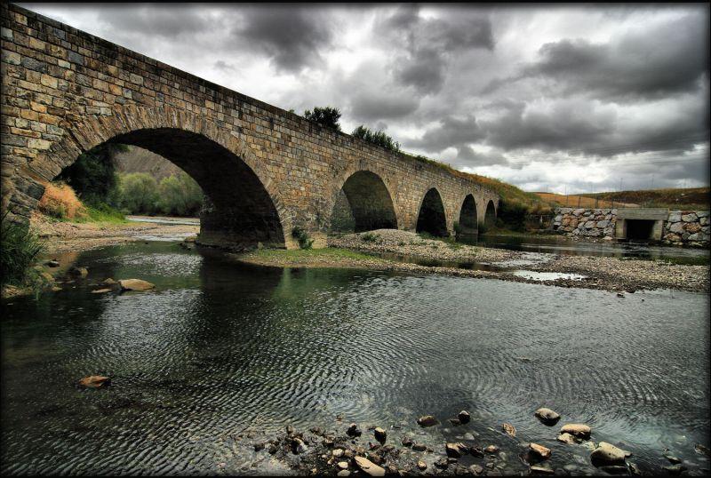 Puente viejo de Burlada