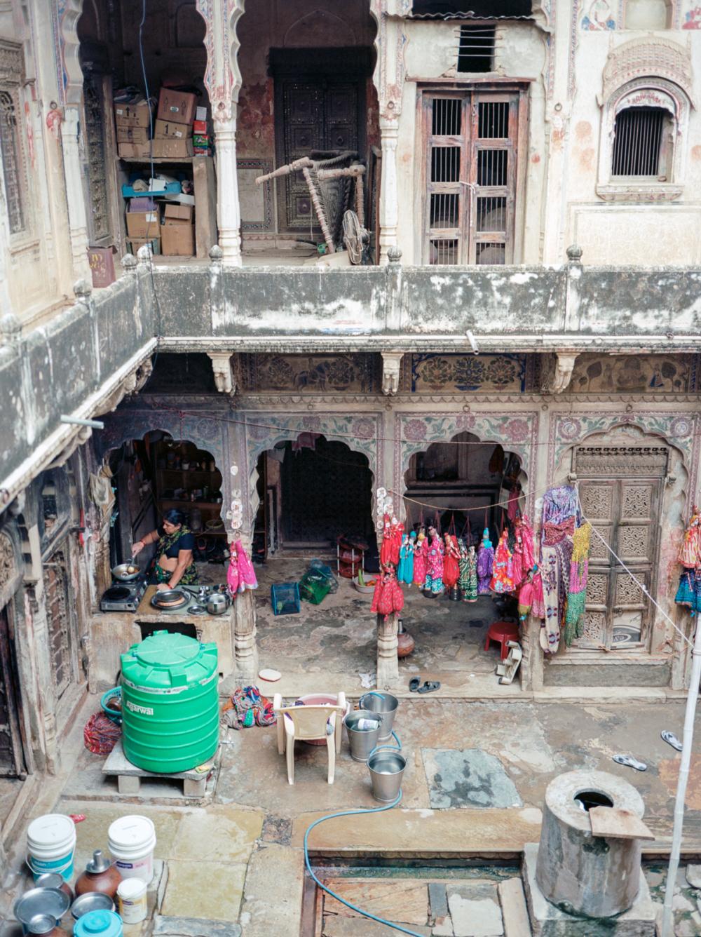 living in a heveli, mandawa, rajasthan, india