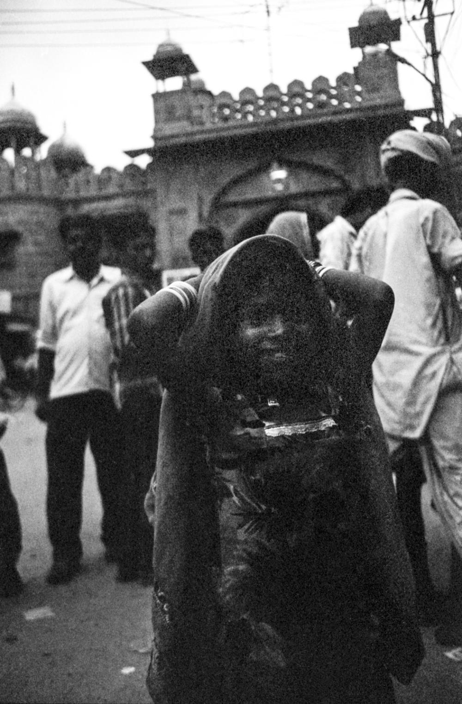 little girl in bikaner, rajasthan, india