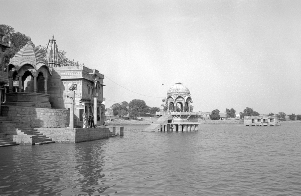 gadisar lake, rajasthan, india