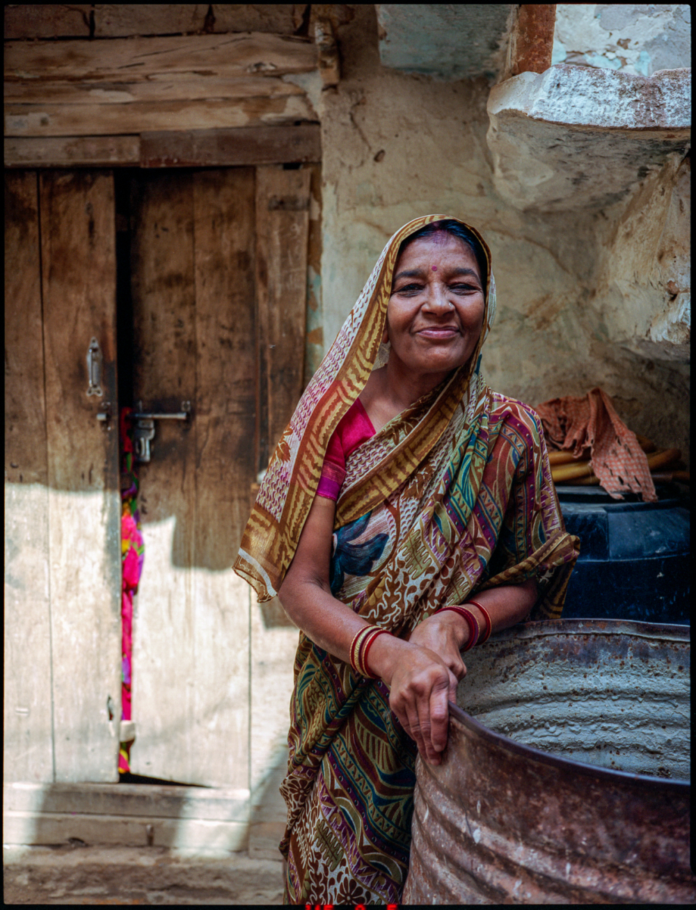 brahmin's housewife, jaisalmer, rajasthan, india