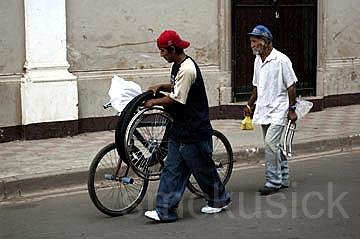 street scene, Grenada, Nicaragua
