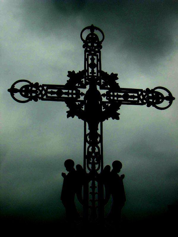 La croix aux anges