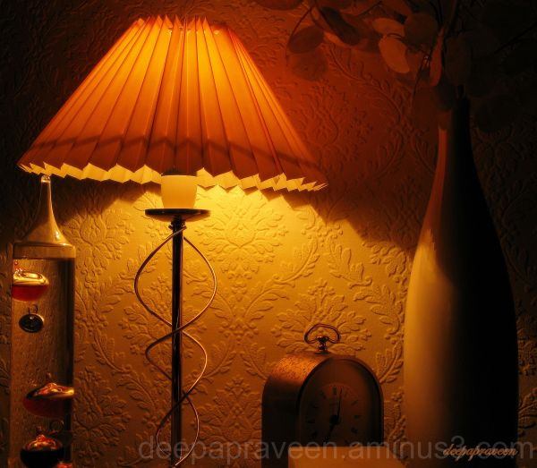Nightshot,indoor photo,lamp,night photo,deepa,deep