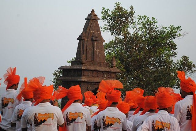 death anniversary of shivaji maharaj raigad   lifestyle amp culture photos   suresh s photoblog