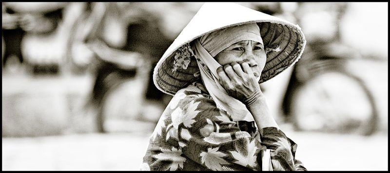 farmer woman in Hanoi
