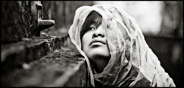 vietnamese girl portrait in pagoda