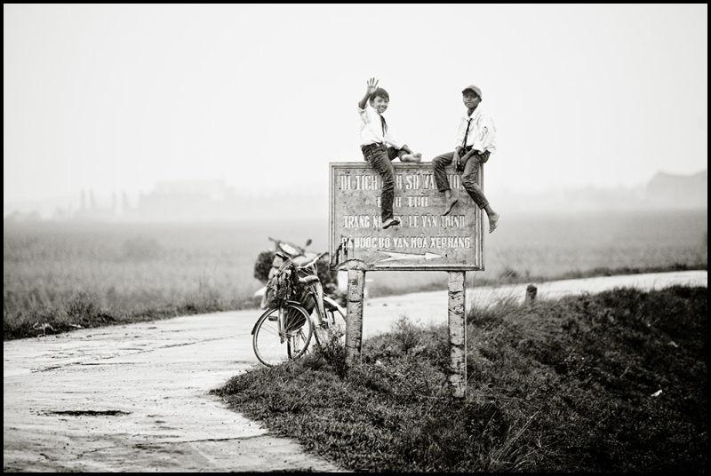 Cheeky countryside kids II