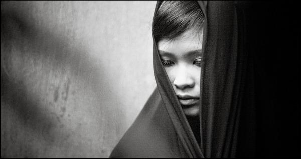 portrait of a vietnamese girl