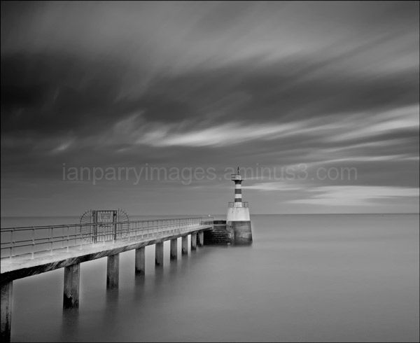 Amble Lighthouse II mono