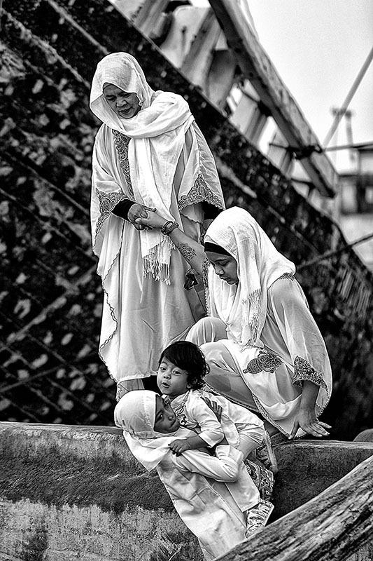 Sholat Ied at Sunda Kelapa Harbour