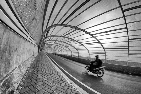 Harris Photo Hunt, bekasi, Tunnel