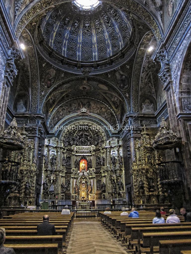 Interior de la iglesia de Santa María de los Arcos