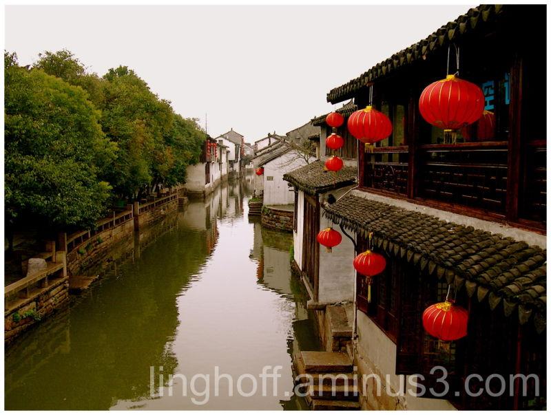 suzhou china kina röda lyktor red water å by