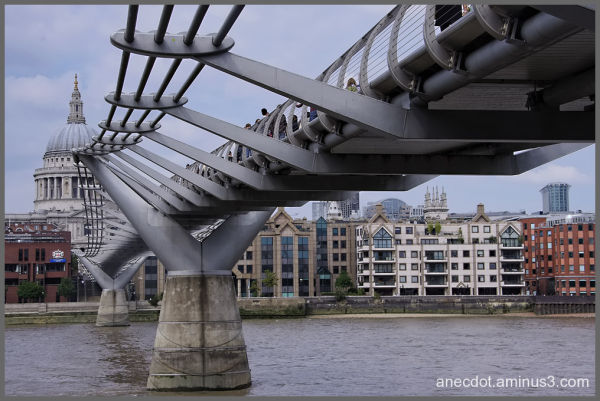 Londres (23) ... Millenium bridge (1)