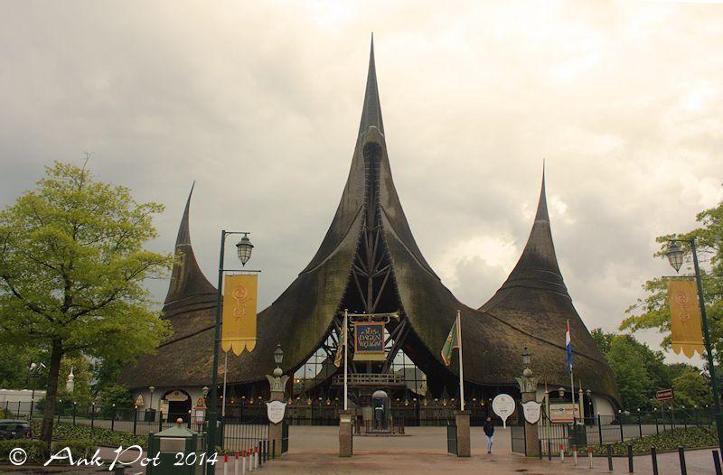 entrance of the efteling