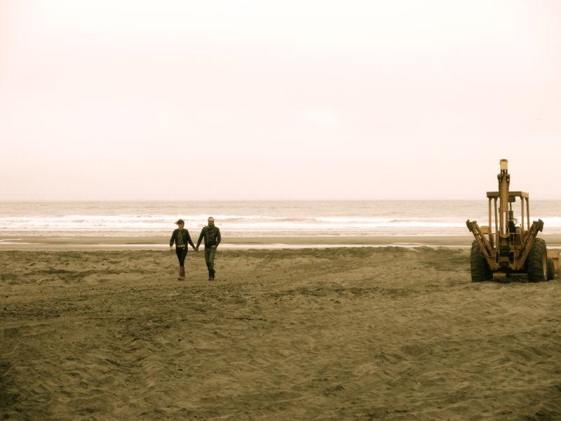 couple, beach, tractor