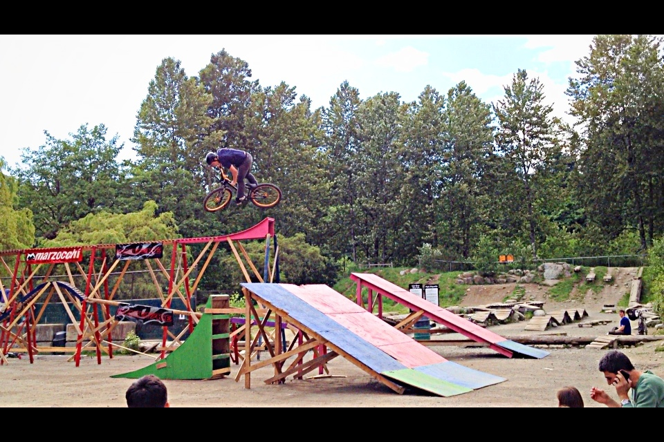 flow rider jumping at bike fest 2012