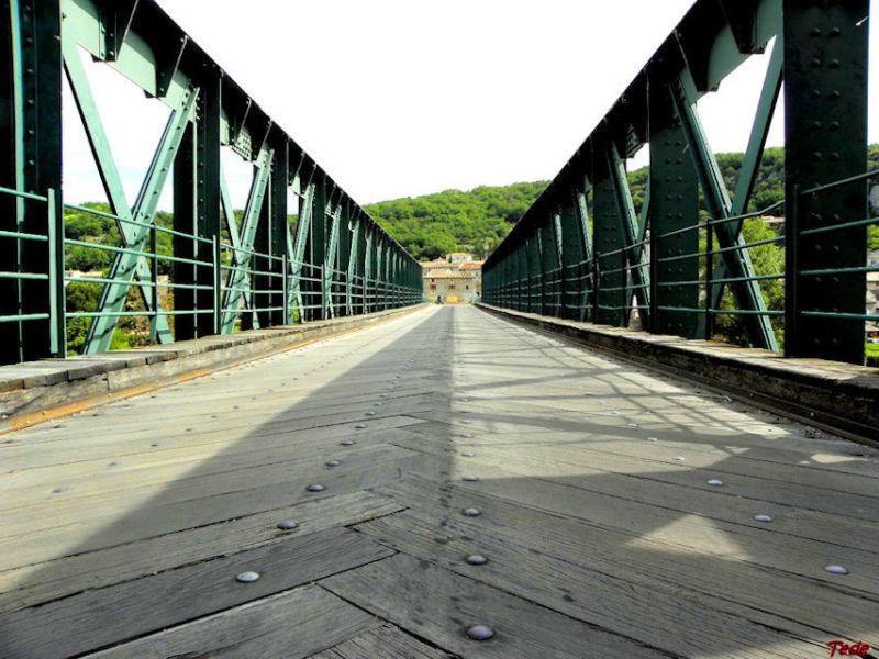 Pont à Vogüé (Ardèche)