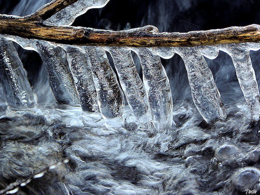Chandelles de glace