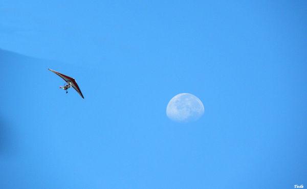 La lune et l'ULM
