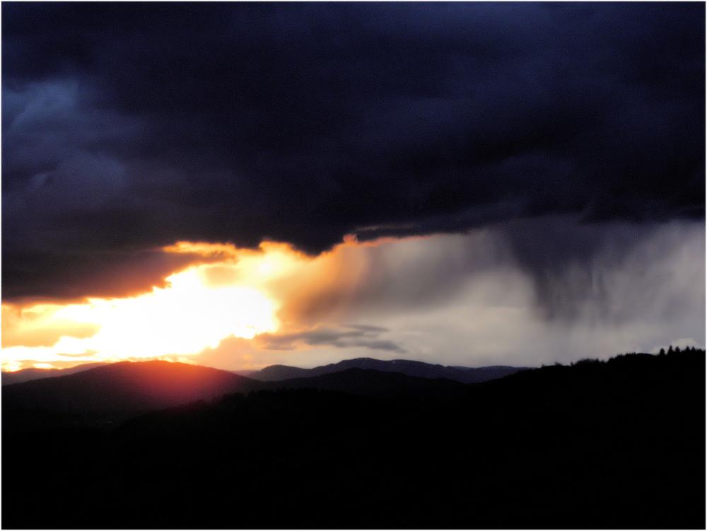 Coucher de soleil et pluie