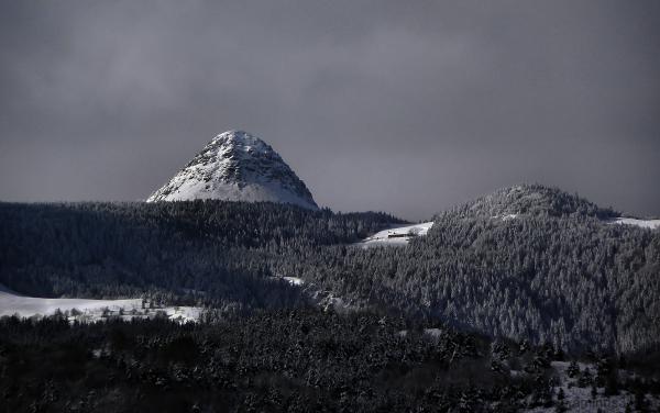 Le  Mont  Gerbier  de  Jonc...