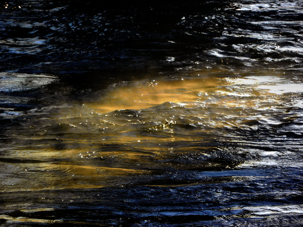 Rayon de soleil dans l'eau