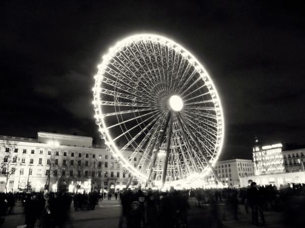 La  grande  roue...