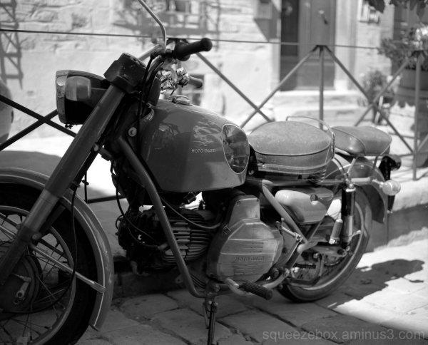 Moto Envy