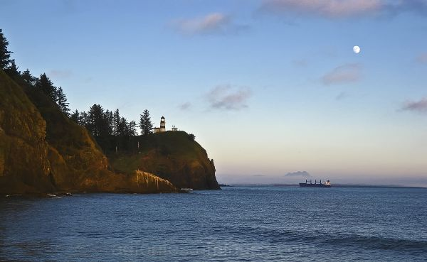 Cape Disappointment Lighthouse at Dusk