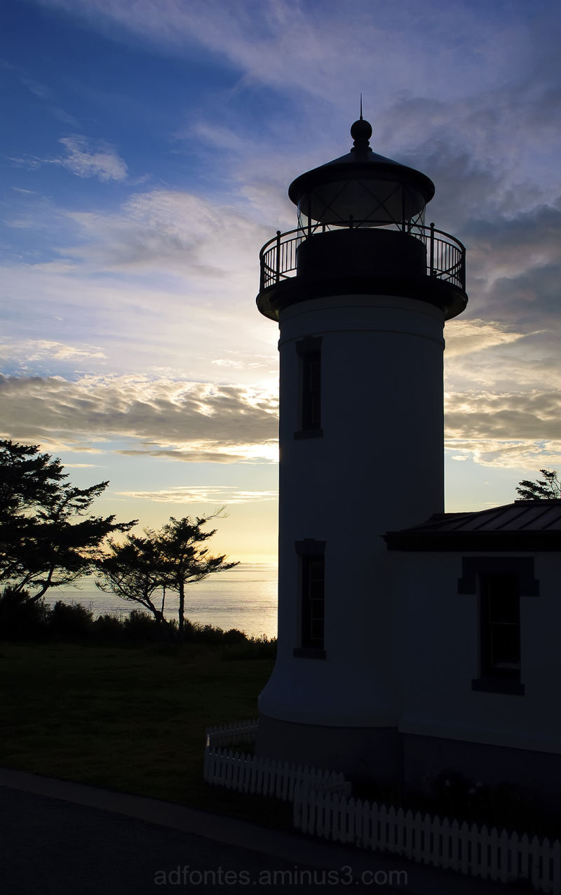 lighthouse admiralty head whidbey island casey