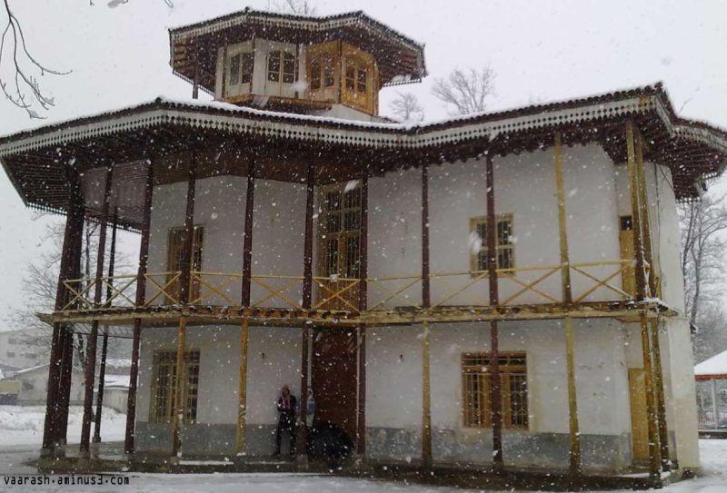 عمارت كلاه فرنگي رشت    The pavilion Rasht