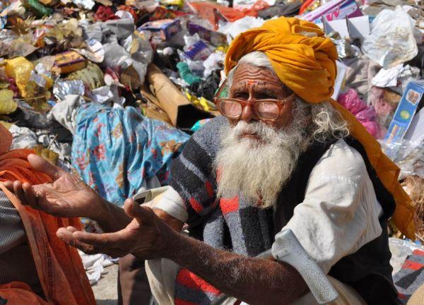 A pilgrim begging during the Khumba Mela Haridwar