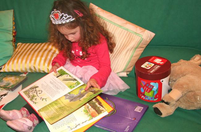 Noel   books  child gifts