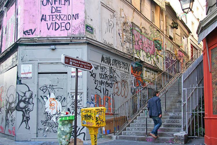 Paris Montmartre  tags