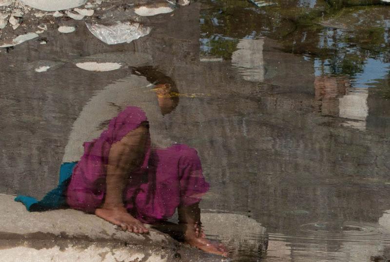 Dans l'eau de la claire fontaine...