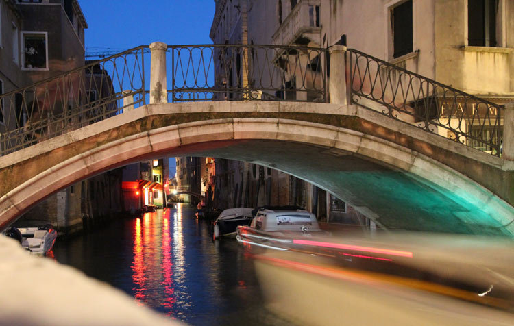 night in Venizia