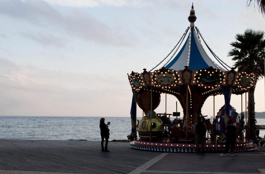 Tourne manège / Mary go round