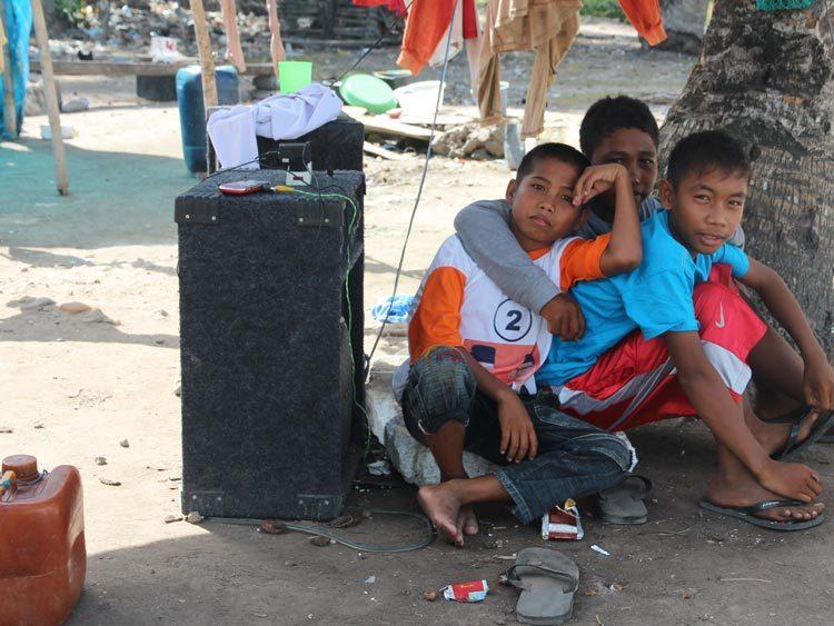 fan club on the beach