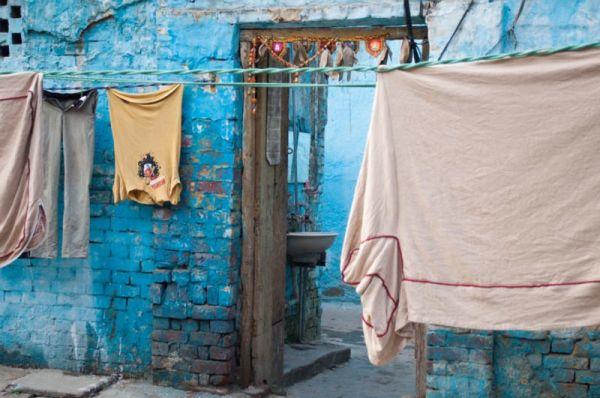 Ici aussi le monde est bleu, Delhi !